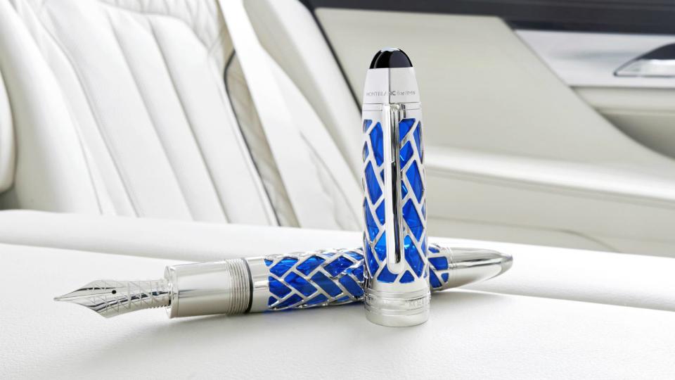 BMW подарит покупателям «столетней» 7-Series золотую ручку Montblanc