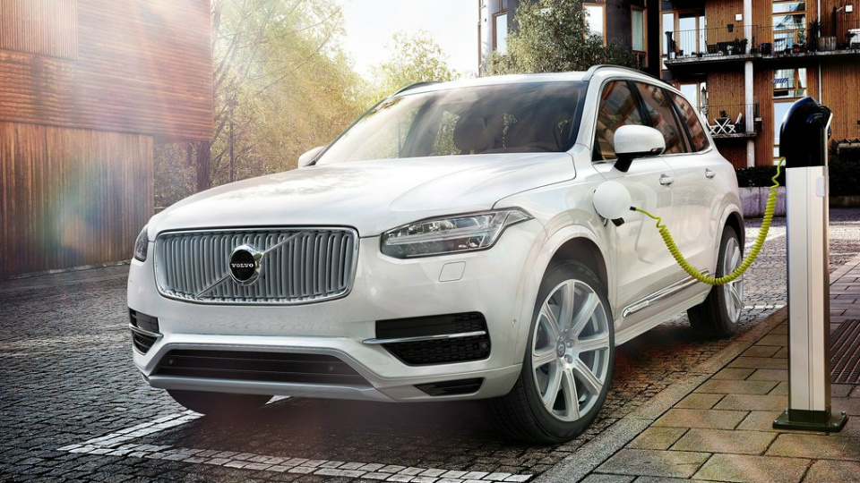 В Volvo назвали сроки выпуска первого электрокара