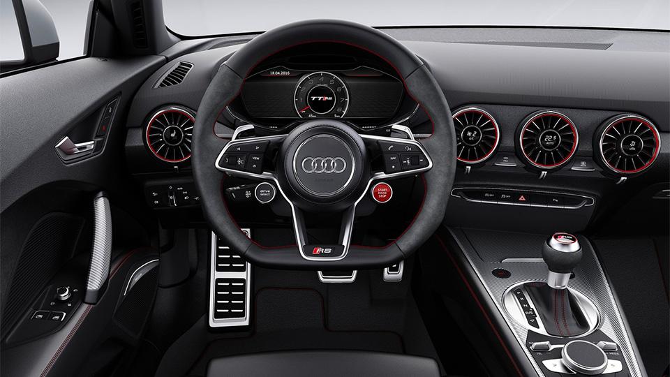TT RS стала первой моделью Audi с оптикой из органических светодиодов. Фото 2