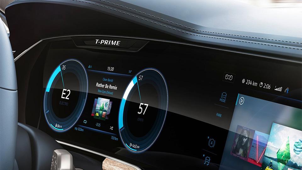 Новый прототип VW получил название T-Prime Concept GTE. Фото 6