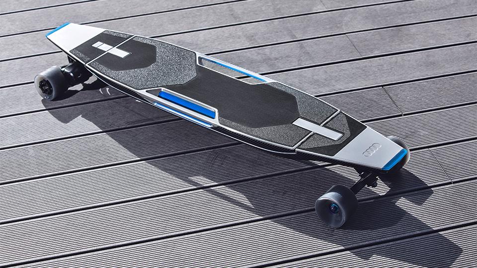 В Пекине дебютировал прототип Audi connected mobility. Фото 1
