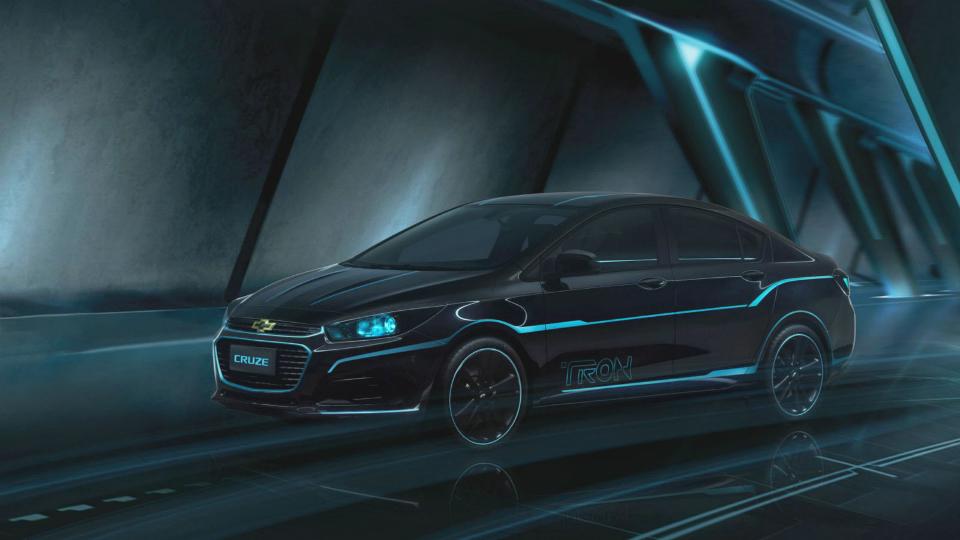 Концепт-кар Chevrolet посвятили фильму «Трон»