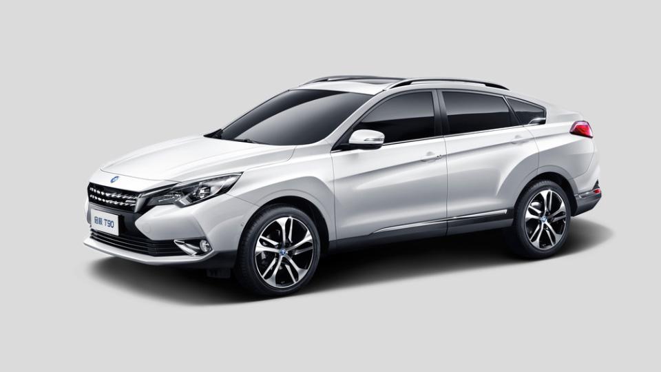 Nissan и Dongfeng выпустили кроссовер с внешностью Honda Crosstour