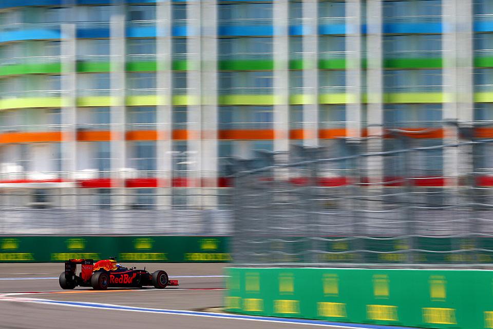 Что произошло на гонке Формулы-1 в России. Фото 11