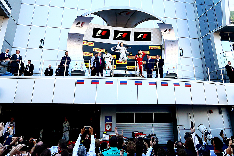 Что произошло на гонке Формулы-1 в России. Фото 6