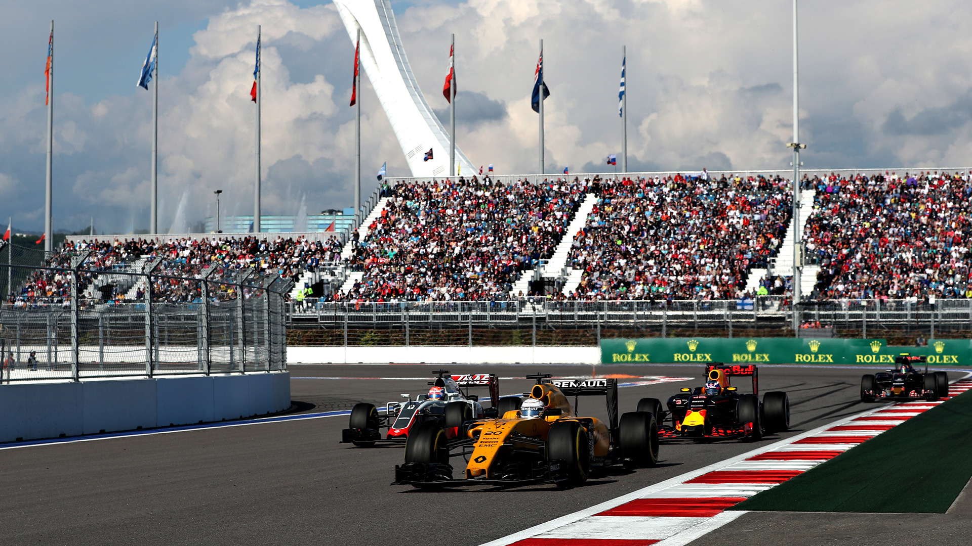 Что произошло на гонке Формулы-1 в России. Фото 13