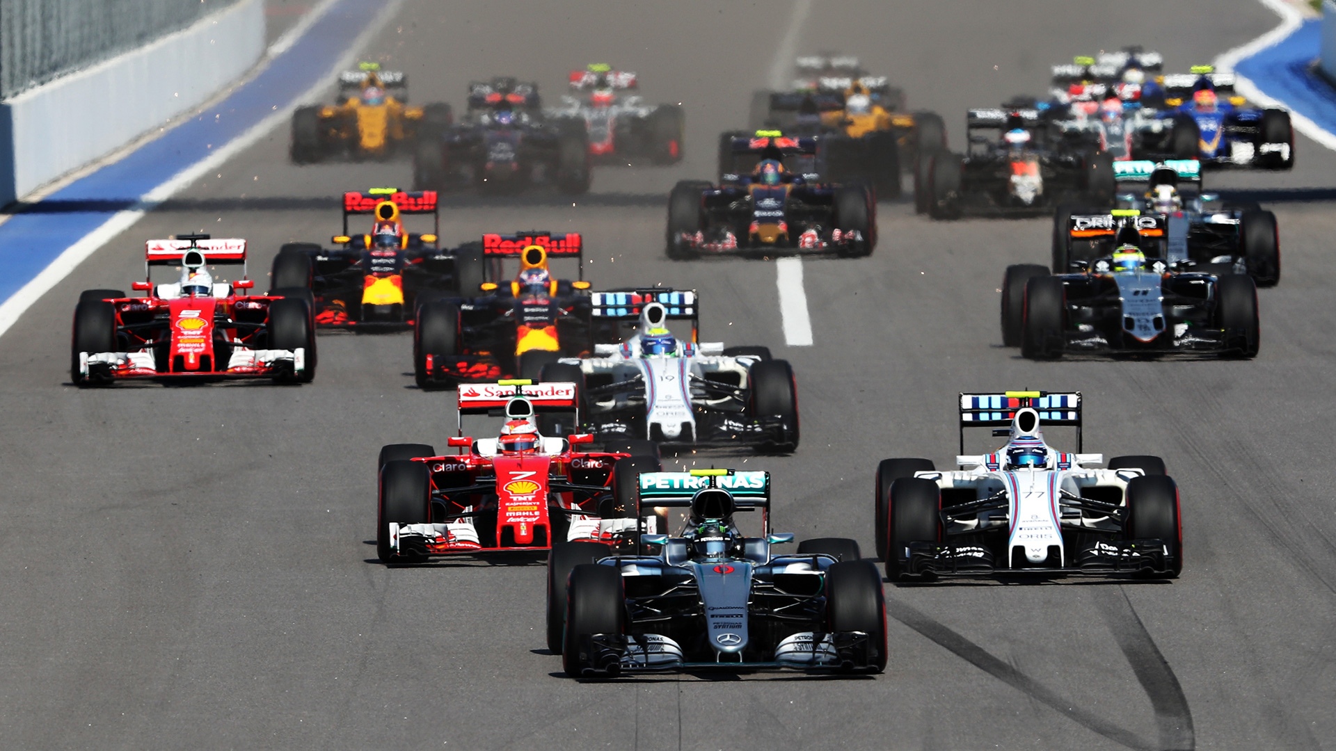 Что произошло на гонке Формулы-1 в России. Фото 9