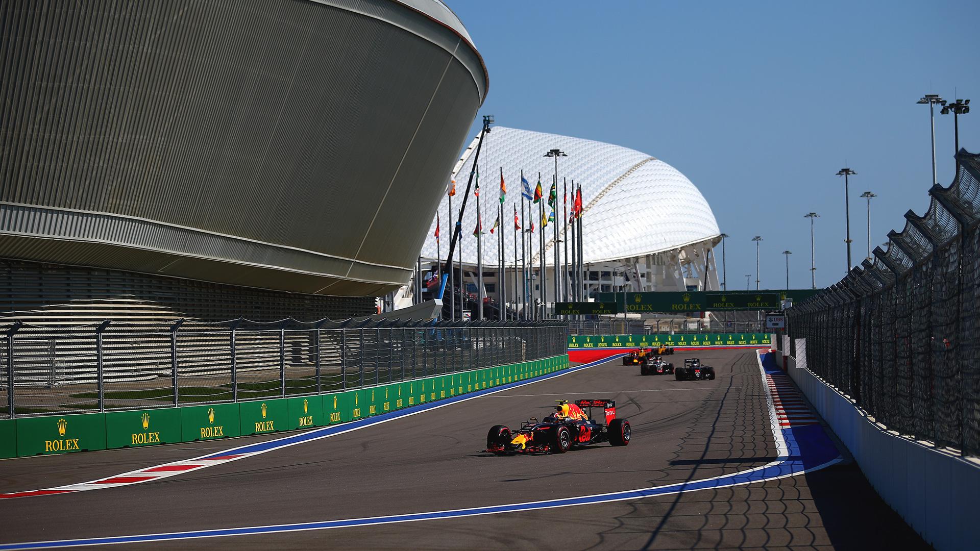 Что произошло на гонке Формулы-1 в России. Фото 2