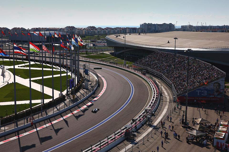 Что произошло на гонке Формулы-1 в России. Фото 15