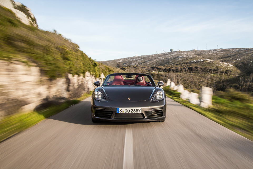 Что потерял и что приобрел Porsche 718 Boxster с переходом на турбонаддув. Фото 8