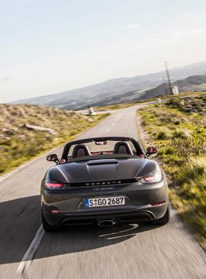 Что потерял и что приобрел Porsche 718 Boxster с переходом на турбонаддув