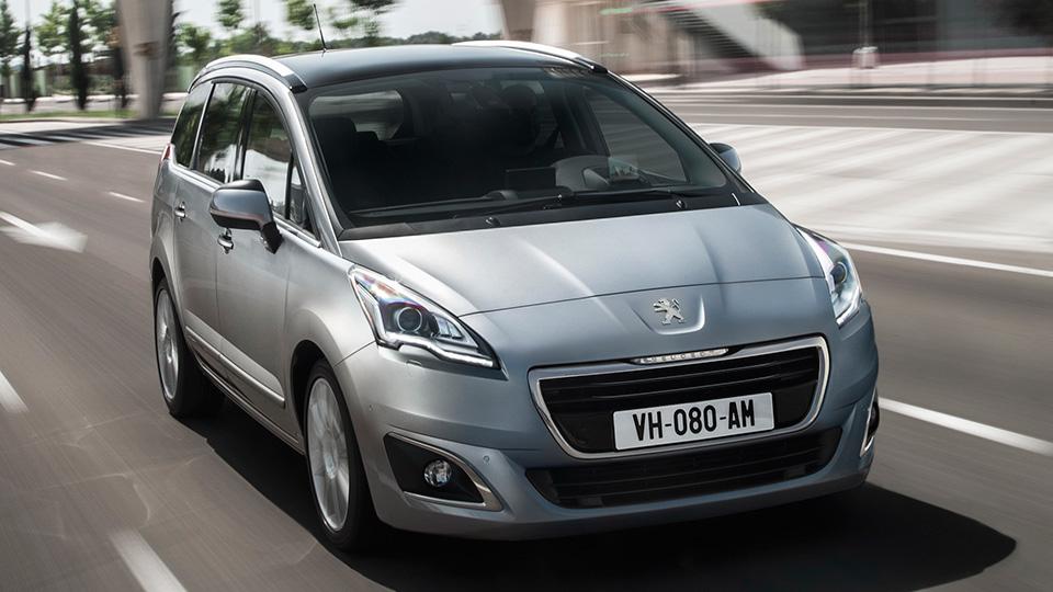 Следующий Peugeot 5008 покажут на автосалоне в Париже