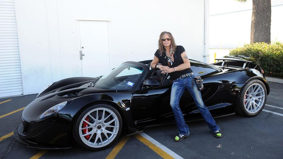 Лидер Aerosmith решил продать свой Venom GT