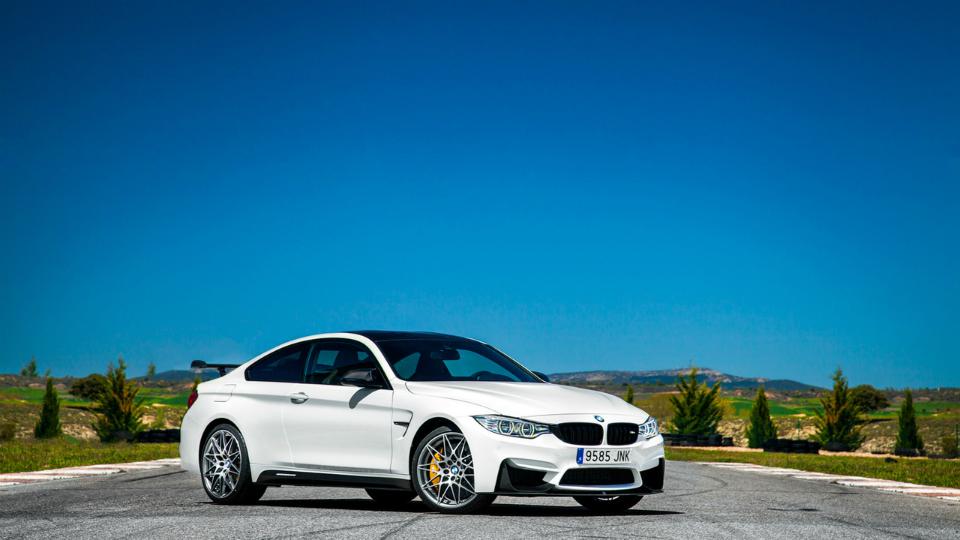 В Испании дебютировало купе M4 Competition Sport