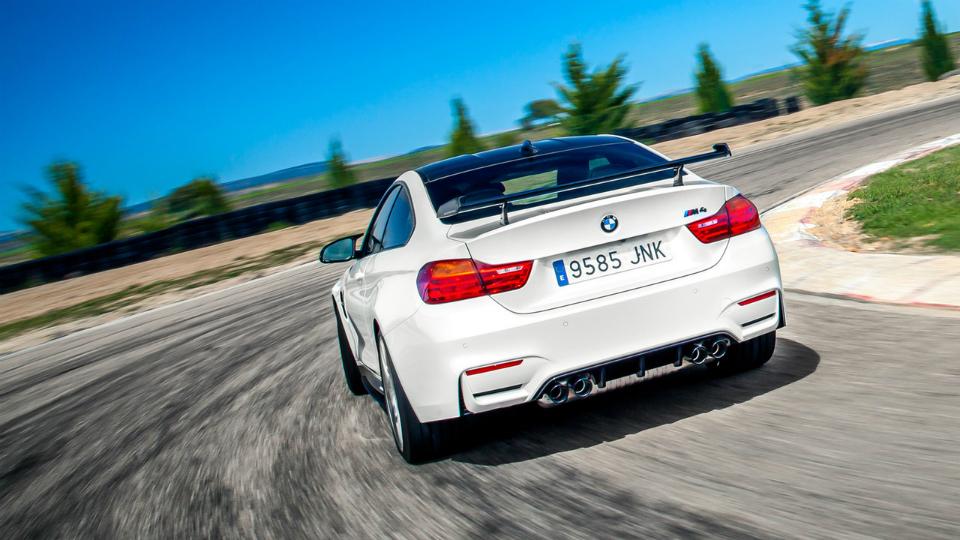В Испании дебютировало купе M4 Competition Sport. Фото 1