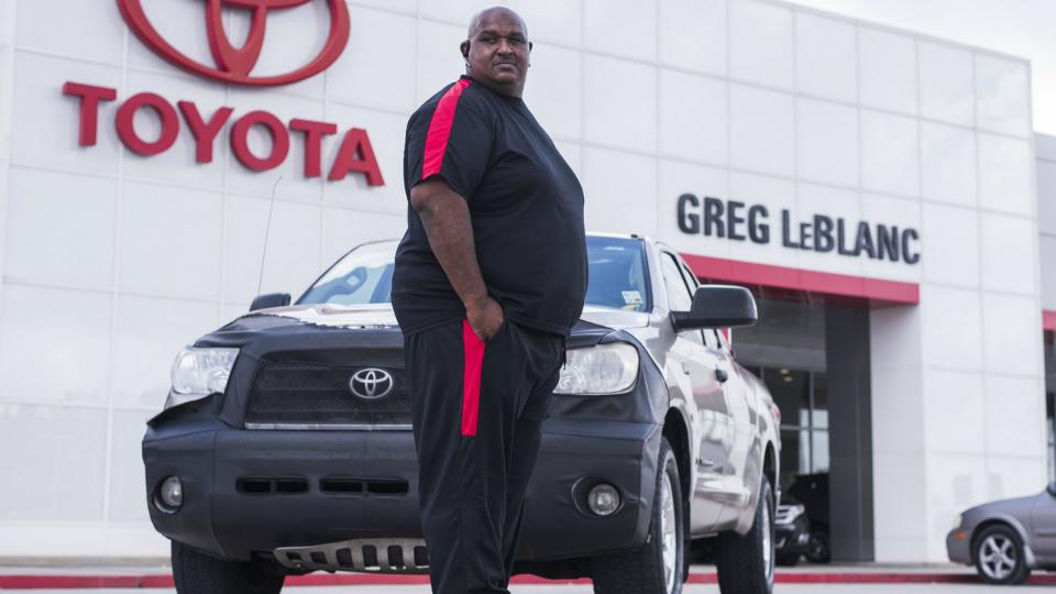Американец проехал на Toyota Tundra 1600000 км. Что меняли в машине за это время? - Toyota