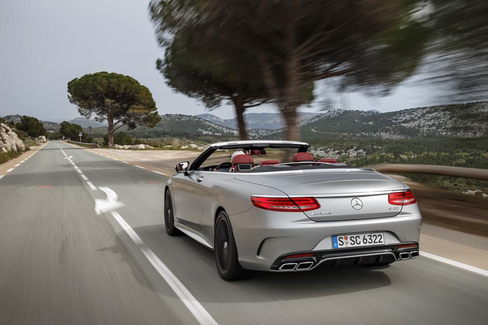 Mercedes-Benz S-Class Cabriolet как еще один повод уволить водителя ипереехать наюг. Фото 4