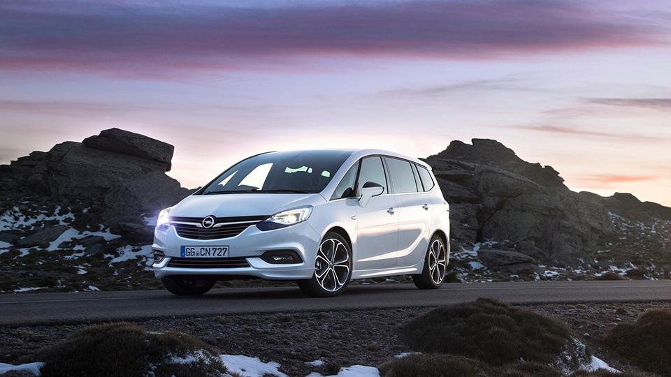 Минивэн Opel Zafira обновился