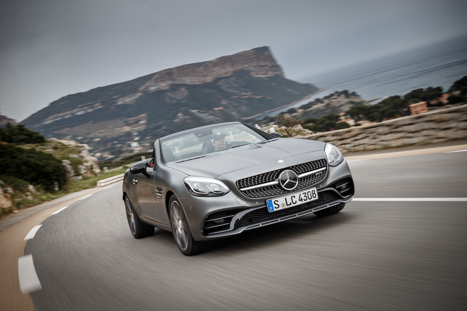 Что изменилось вродстере Mercedes-Benz SLC помимо одной буквы вназвании. Фото 5