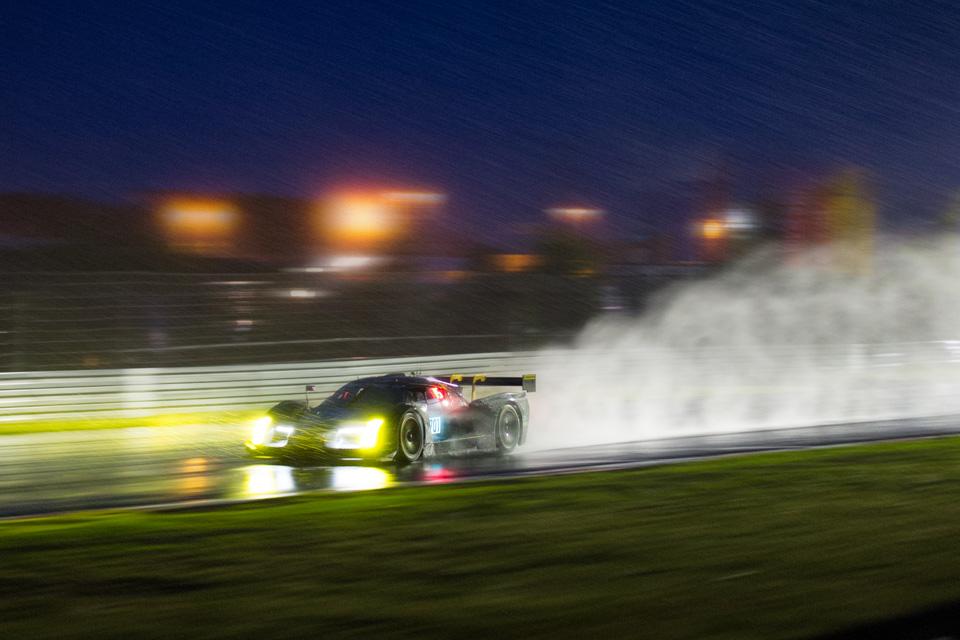 Как настраивают машины перед гонками насамой сложной трассе вмире. Фото 17
