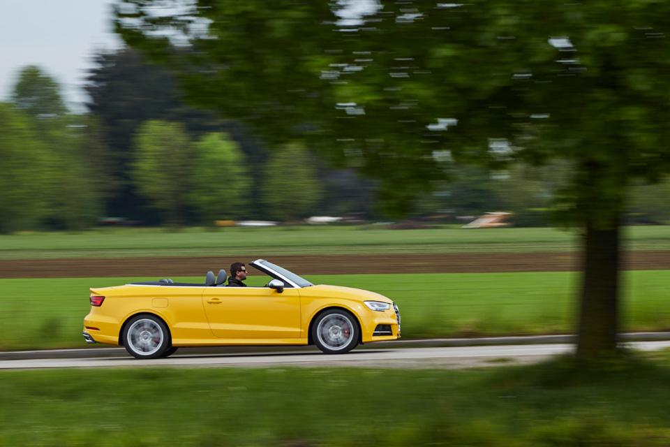 Тест-драйв обновленного хэтчбека Audi A3 и«подогретого» седана S3. Фото 5
