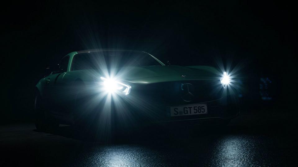 Быстрейшая версия Mercedes-AMG GTполучит 585-сильный мотор