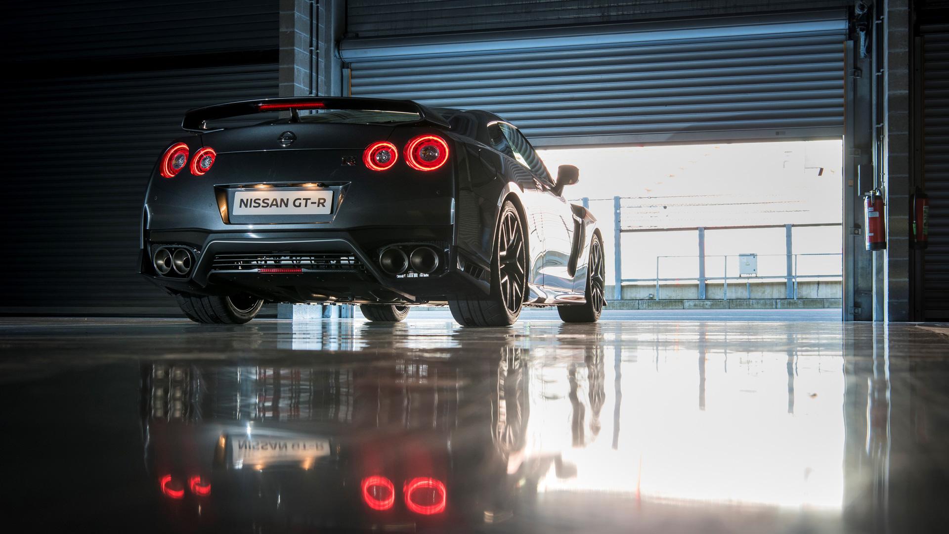 Новейший Nissan GT-R итрагические истории самого устрашающего поворота Формулы-1. Фото 6