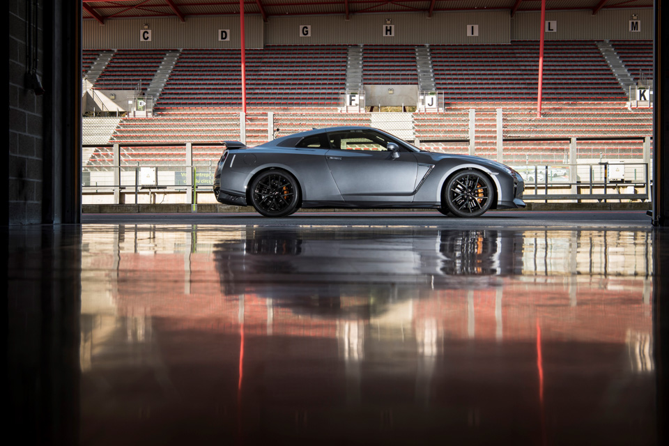 Новейший Nissan GT-R итрагические истории самого устрашающего поворота Формулы-1. Фото 9