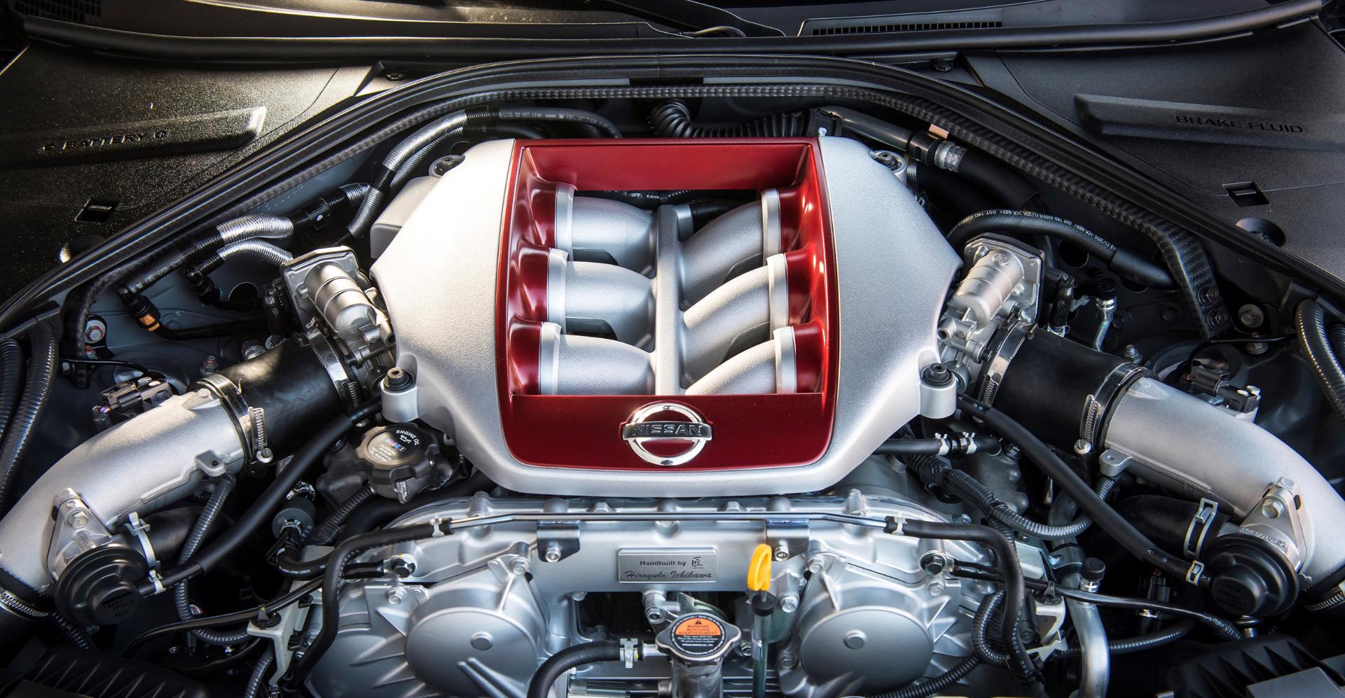 Новейший Nissan GT-R итрагические истории самого устрашающего поворота Формулы-1. Фото 16