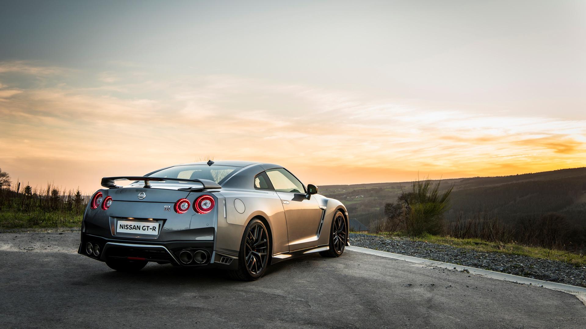 Новейший Nissan GT-R итрагические истории самого устрашающего поворота Формулы-1. Фото 19