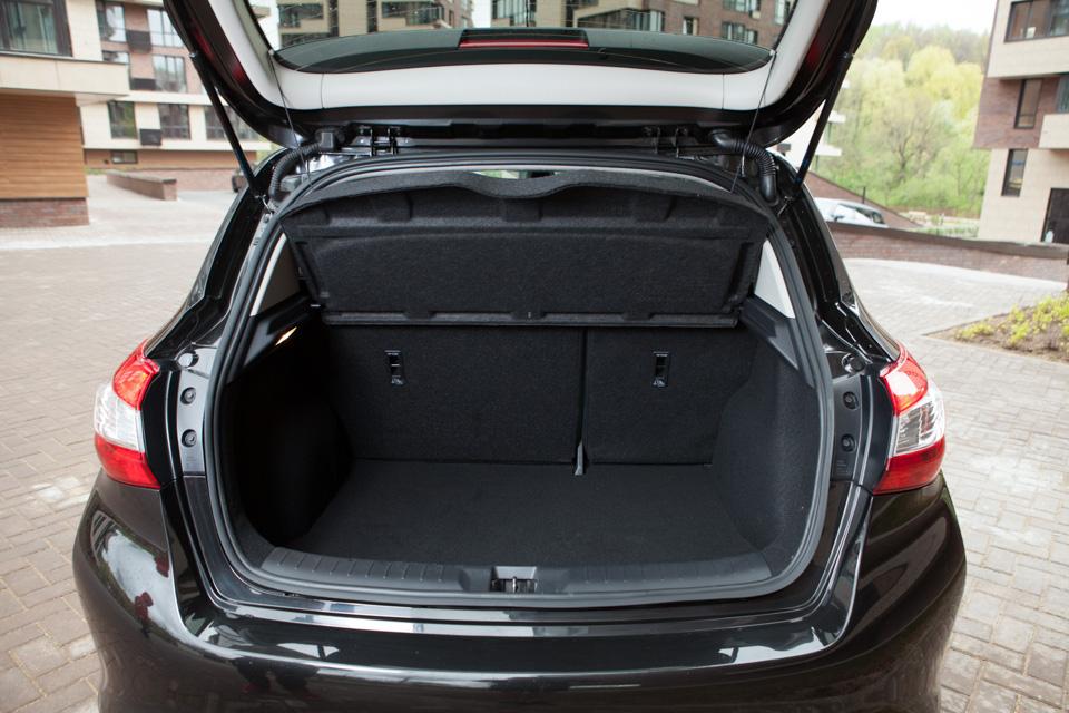 Длительный тест Nissan Tiida: часть первая. Фото 3