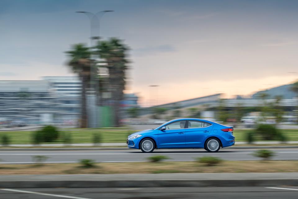 Тест-драйв нового седана Hyundai Elantra. Действительно нового. Фото 4