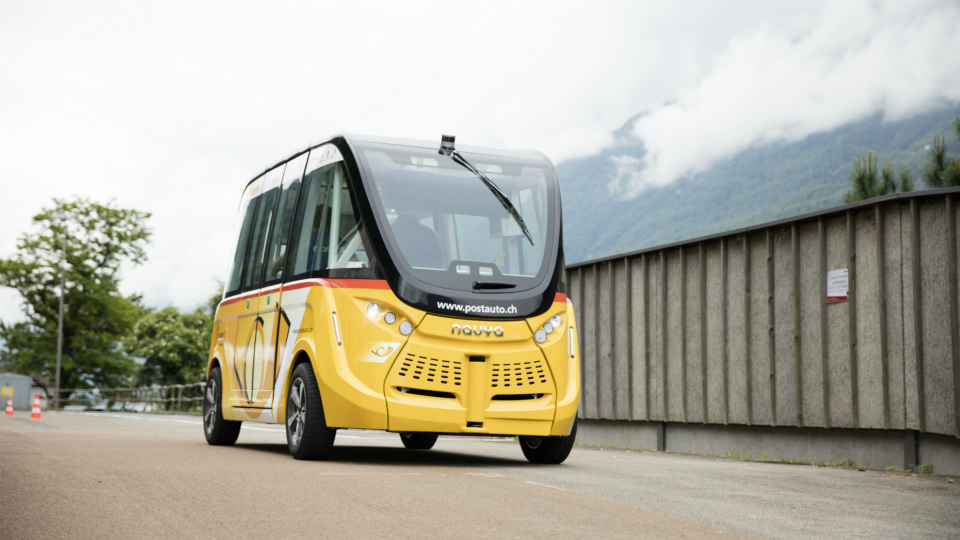 В Швейцарии на маршрутах начали испытывать беспилотные электобусы