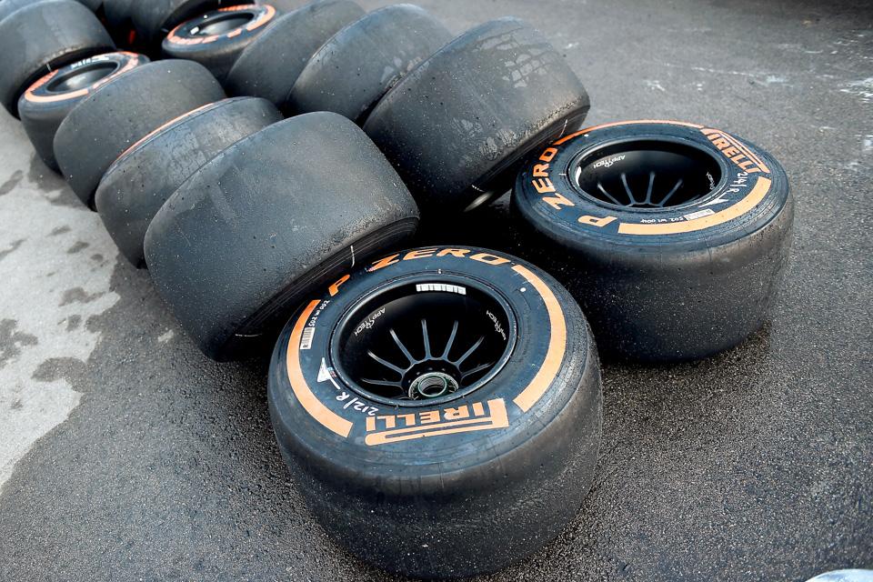 Занимательная жизнь инеизбежная смерть покрышек Формулы-1. Фото 11