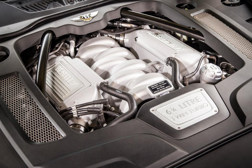 Мыокунулись вовнутренний мир обновленного Bentley Mulsanne. И, кажется, досих пор невынырнули. Фото 2