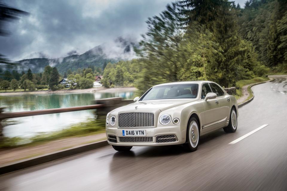 Мыокунулись вовнутренний мир обновленного Bentley Mulsanne. И, кажется, досих пор невынырнули