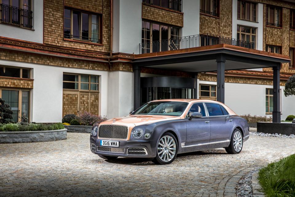 Мыокунулись вовнутренний мир обновленного Bentley Mulsanne. И, кажется, досих пор невынырнули. Фото 8