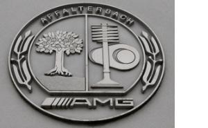 «Красная Свинья», седан, обгонявший Lamborghini, идругие безумные создания изистории AMG. Фото 5