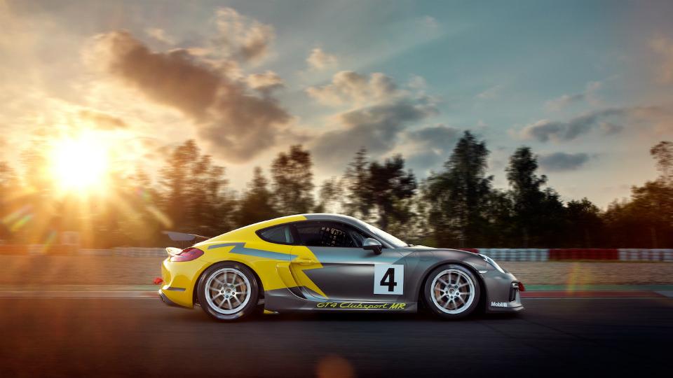 Команда Manthey Racing сделала свою версию трекового купе