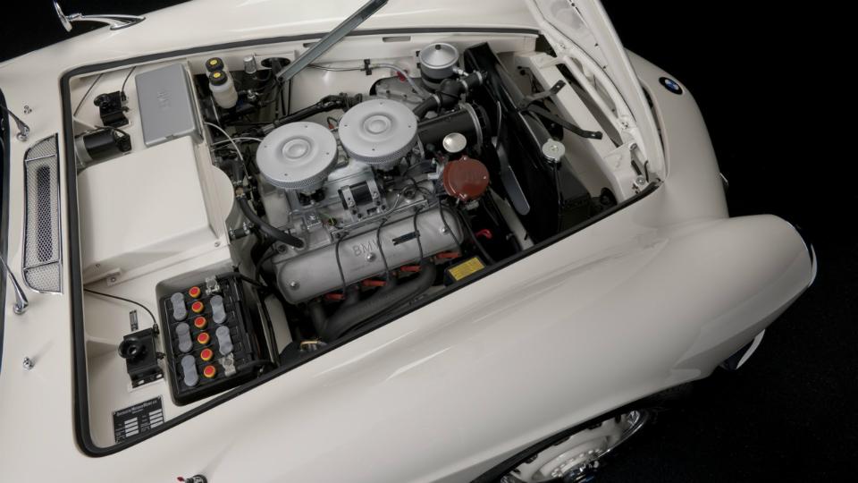 Реставрация уникальной машины длилась два года. Фото 2