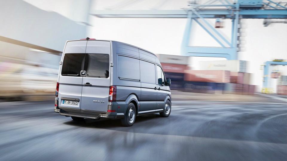 Немецкая марка представила свой первый легковой фургон. Фото 1