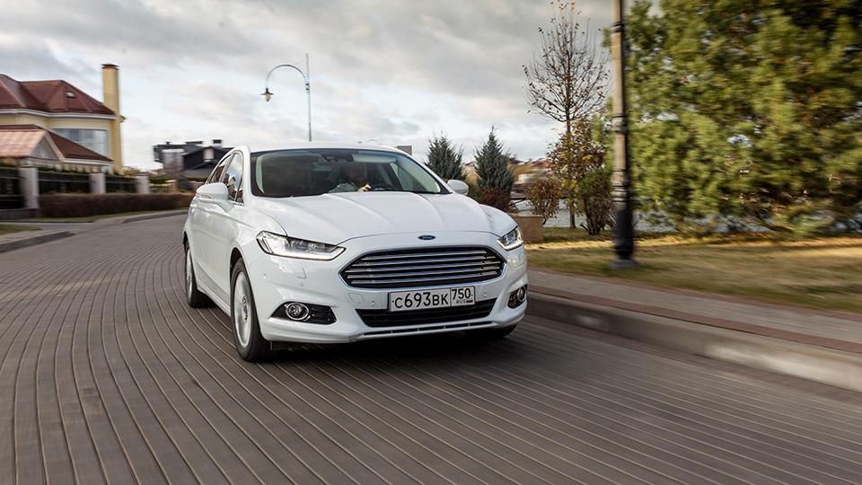 Форд отправляет насервис две версии Mondeo