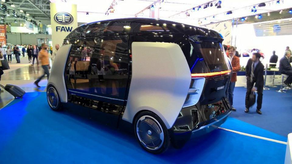 КАМАЗ показал прототип беспилотного микроавтобуса
