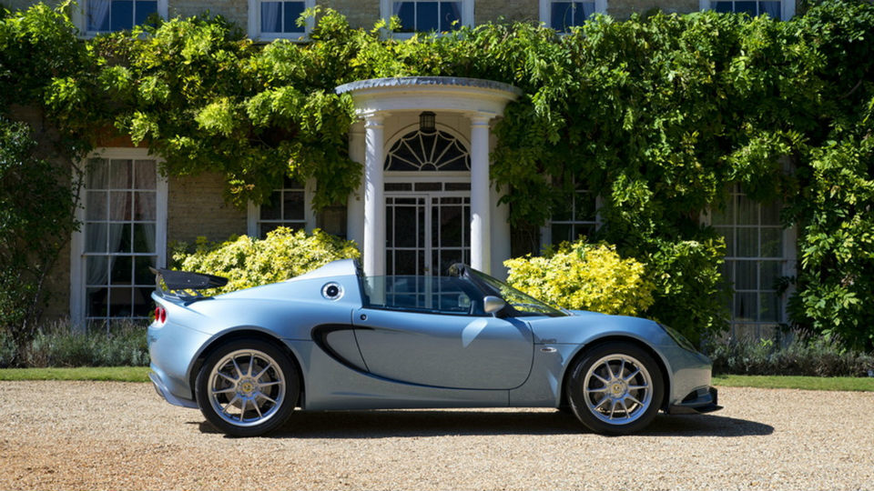 ВВеликобритании дебютировала эксклюзивная версия спорткара Лотус Elise