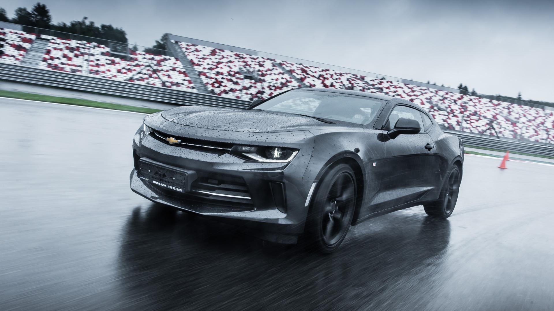 Чего нехватает новому Chevrolet Camaro: первый тест. Фото 6