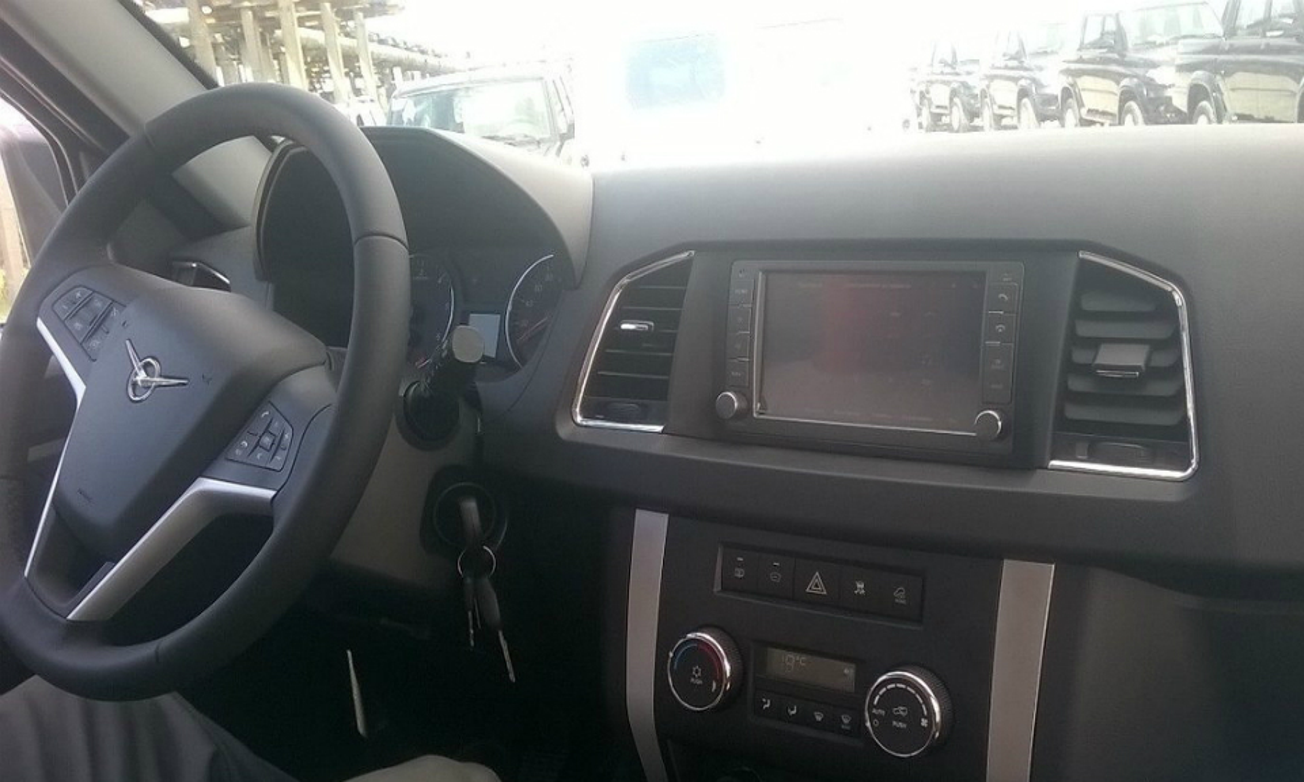 Ульяновский автозавод показал предсерийный образец обновленного «Патриота»