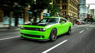 Dodge Challenger впервые получил полный привод - Dodge