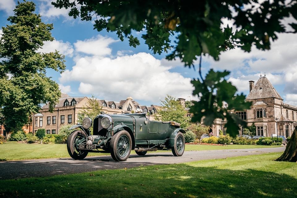 Мывзяли два спорткара Bentley, между которыми прошло почти столет. Фото 5