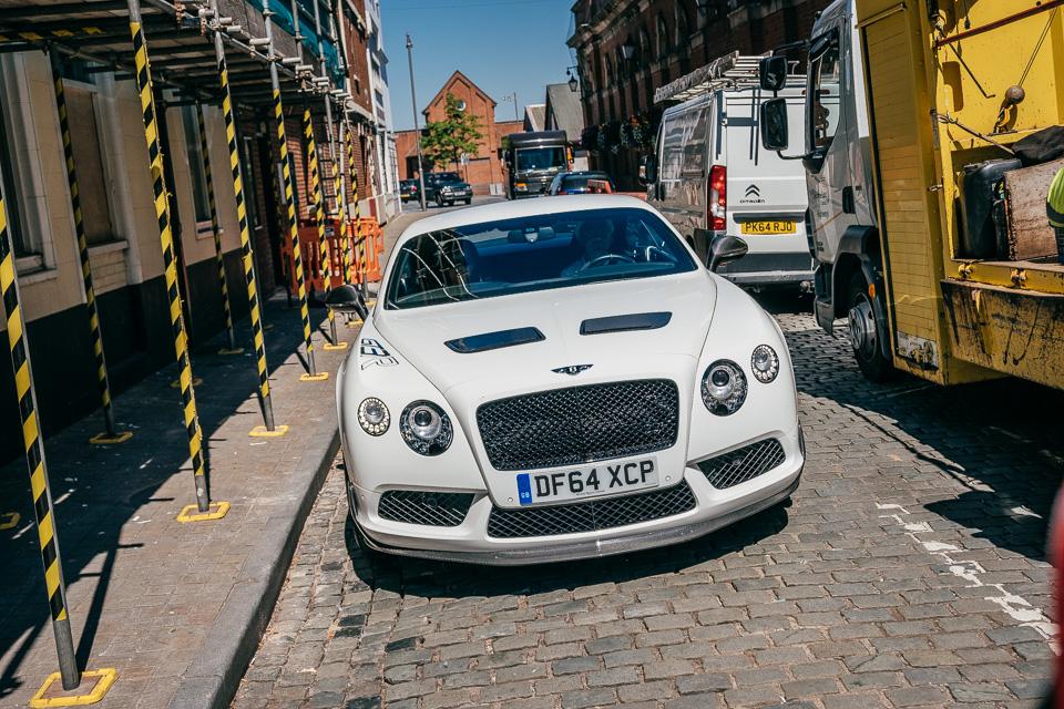 Мывзяли два спорткара Bentley, между которыми прошло почти столет. Фото 11