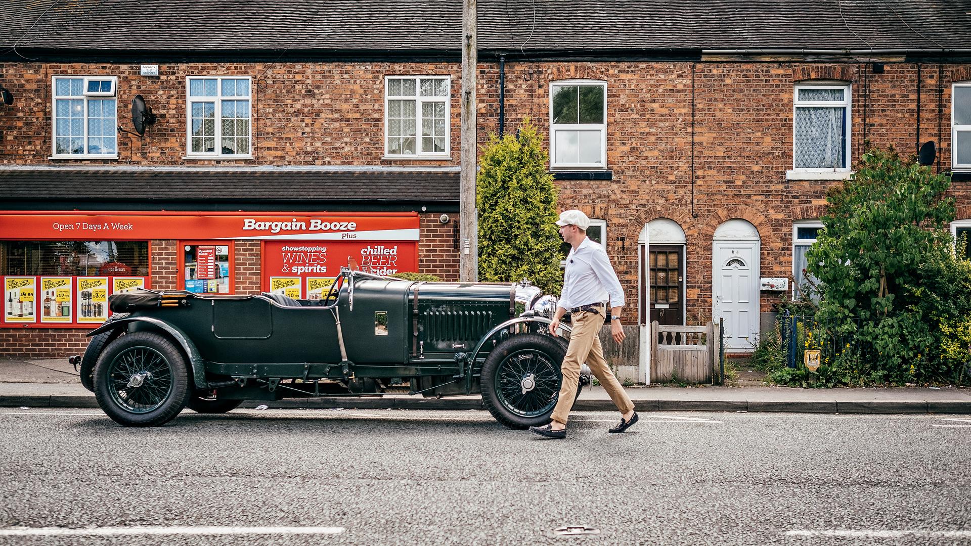 Мывзяли два спорткара Bentley, между которыми прошло почти столет. Фото 4